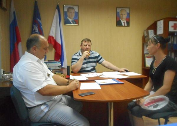Игорь Лукашев провел прием граждан