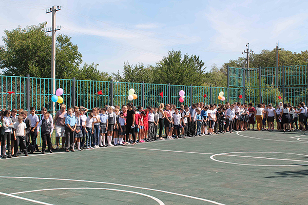 В селе Садовое Нижнегорского района открыли спортивную площадку