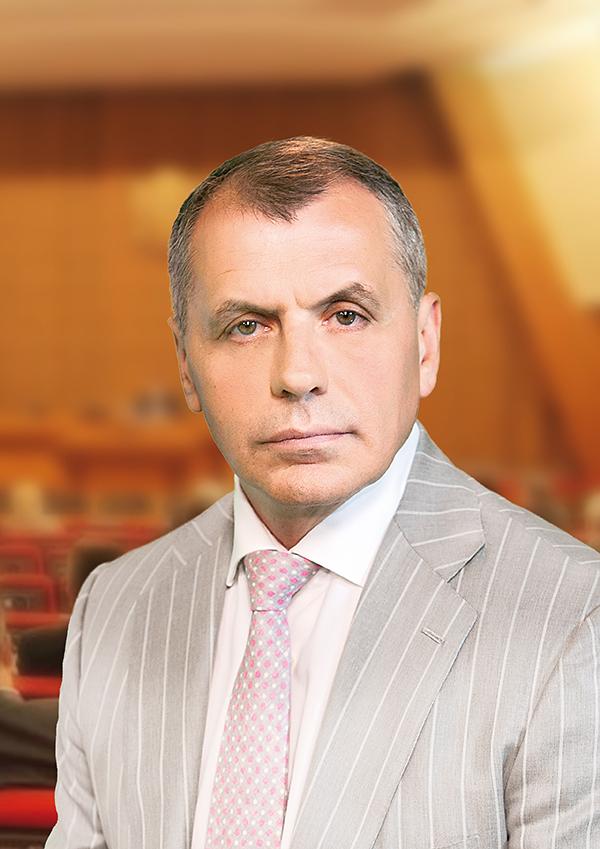 Владимир Константинов поздравил крымчан с Днем народного единства
